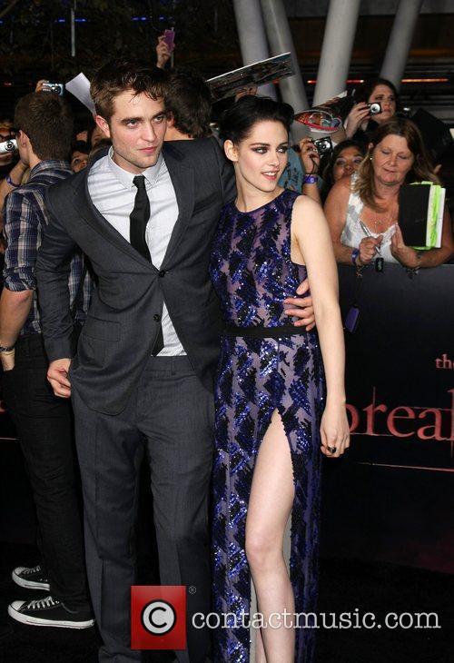 Robert Pattinson and Kristen Stewart 3