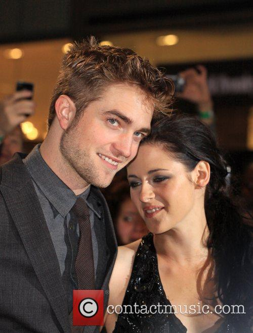 Robert Pattinson and Kristen Stewart 1
