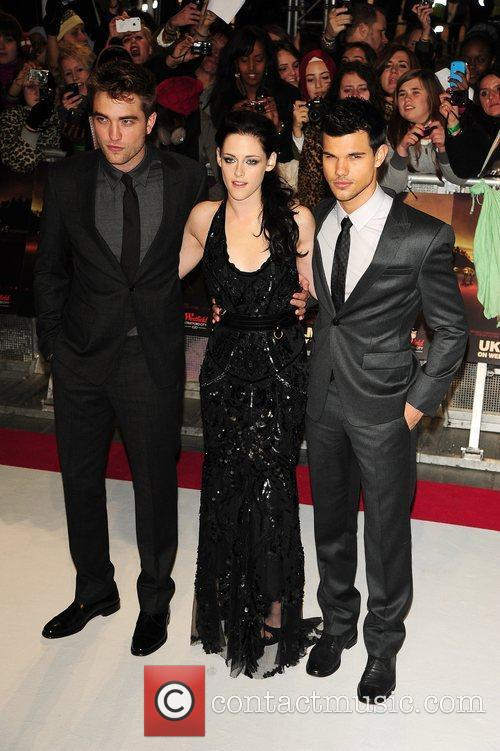 robert pattinson kristen stewart and taylor lautner 5756390