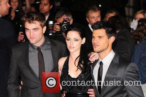 robert pattinson kristen stewart and taylor lautner 5756394