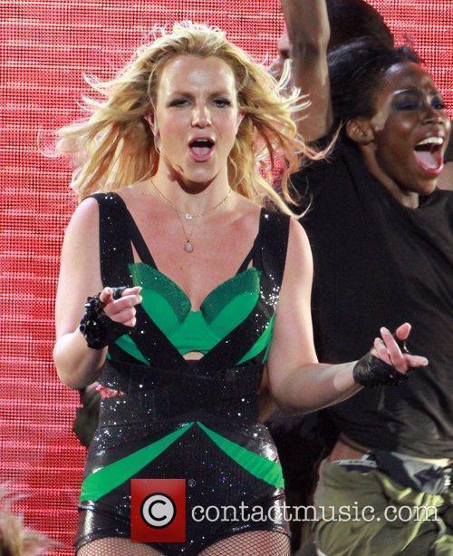 Britney Spears 140