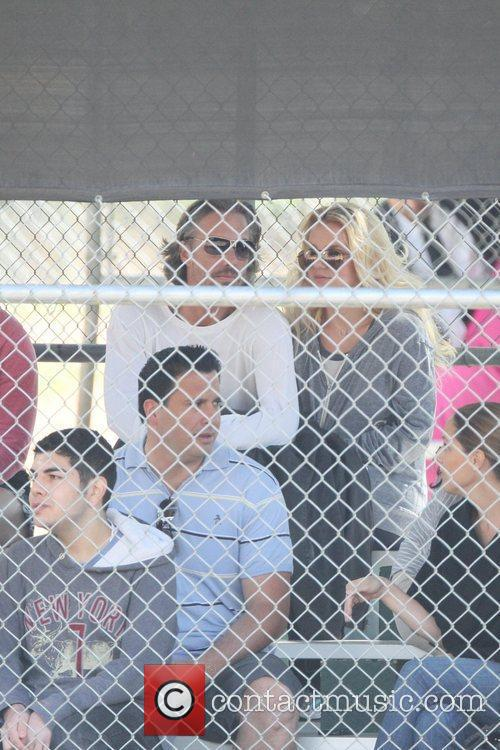 Britney Spears and Jason Trawick watch her son...