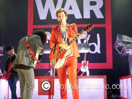 Mark Ronson and War Child 7