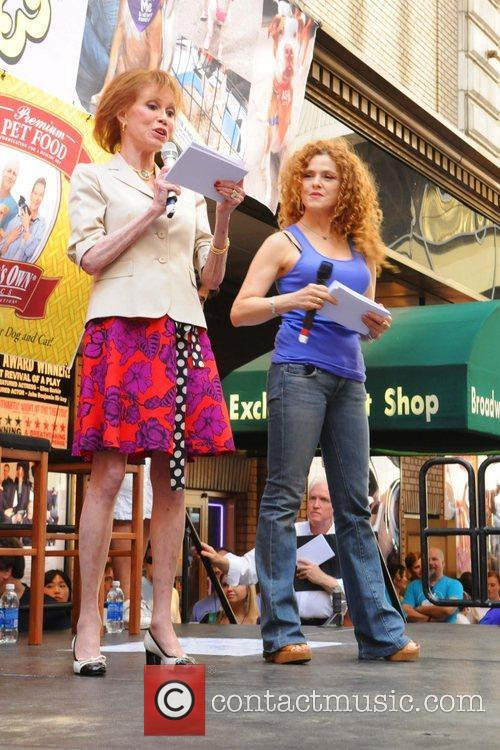 Bernadette Peters and Mary Tyler Moore 2