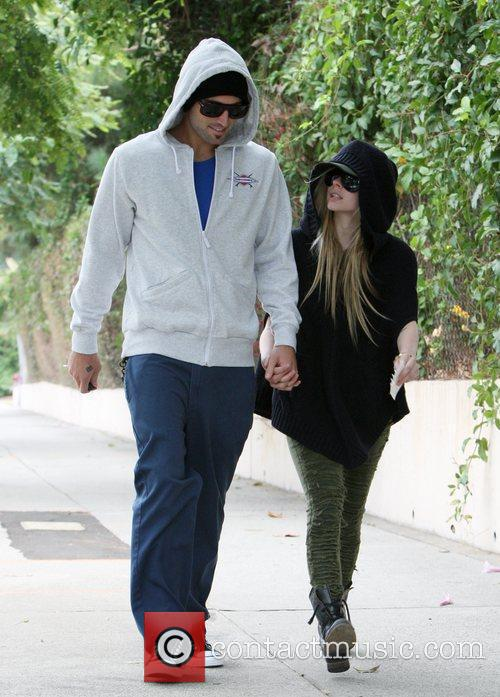 Brody Jenner and Avril Lavigne go shopping at...