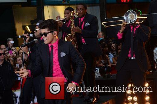 Bruno Mars 23