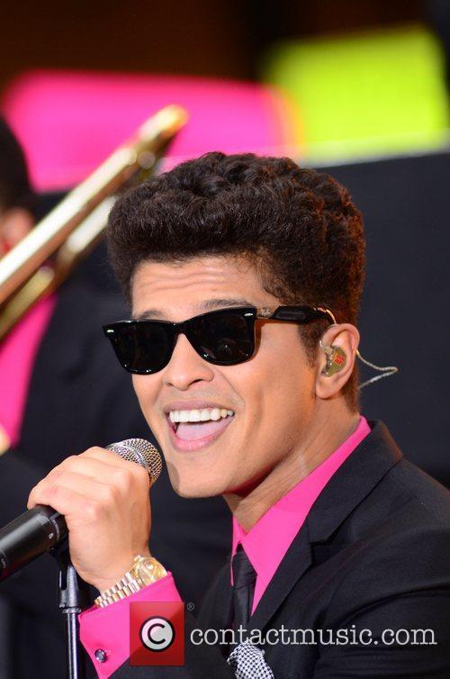 Bruno Mars 22
