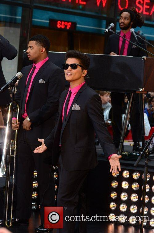 Bruno Mars 9