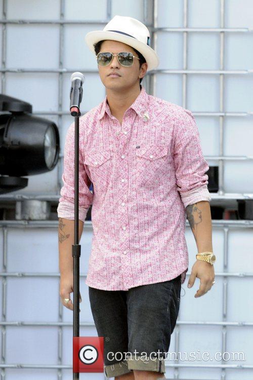 Bruno Mars 7