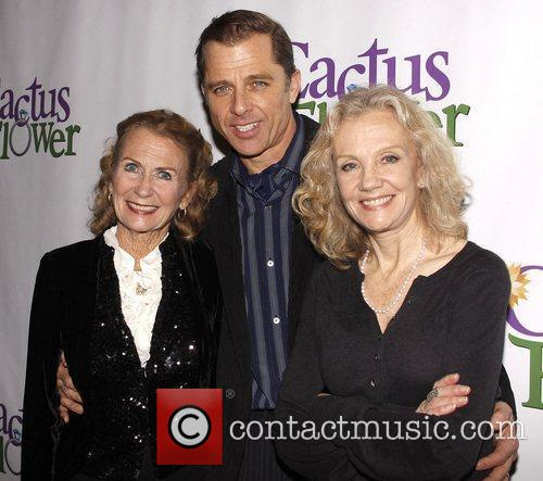 Juliet Mills, Hayley Mills and Maxwell Caulfield 6