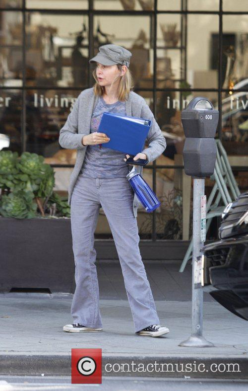 Calista Flockhart and Ally Mcbeal 5