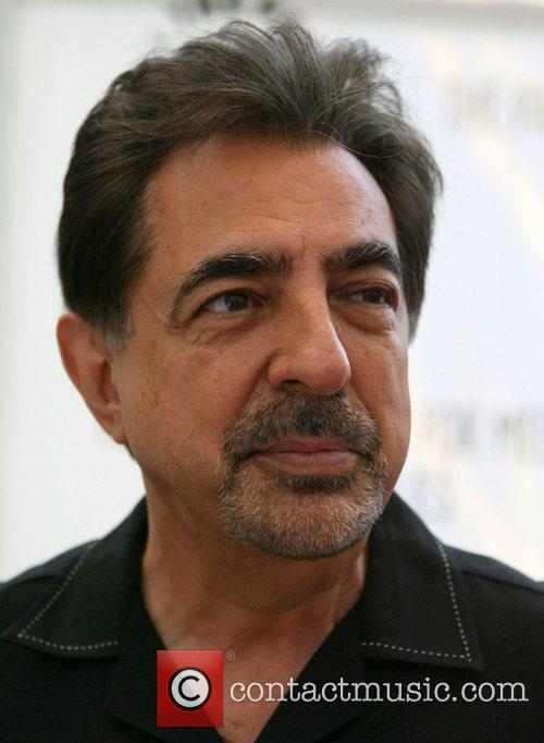 Joe Mantegna CBS Preview Panel with the cast...