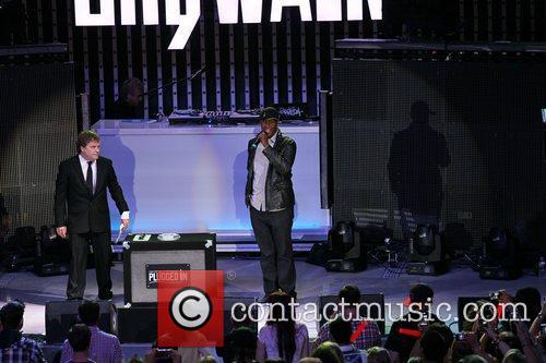 'The Voice' winner, Javier Colon helps to launch...