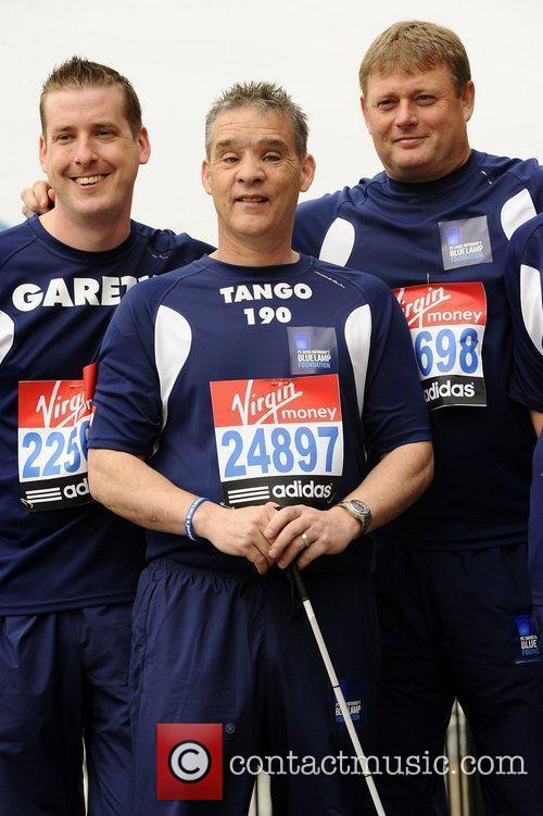 PC David Rathband (C) Celebrity runners for the...