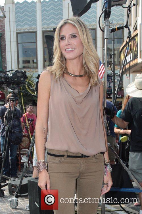 Heidi Klum 38