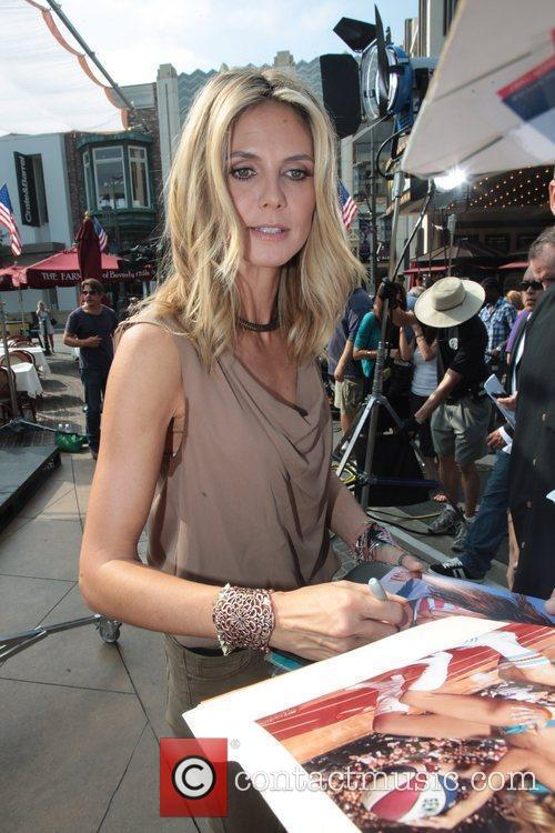 Heidi Klum 39