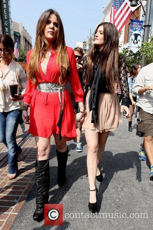 Khloe Kardashian and Kylie Jenner 11