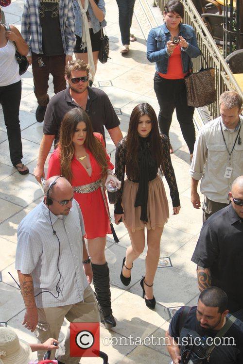 Khloe Kardashian, Kylie Jenner