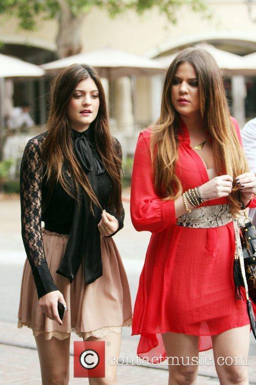 Kylie Jenner and Khloe Kardashian 9
