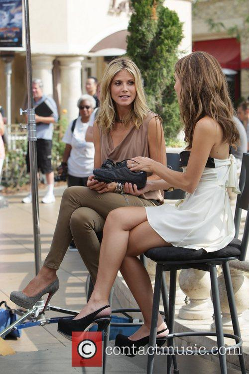 Heidi Klum and Maria Menounos 21