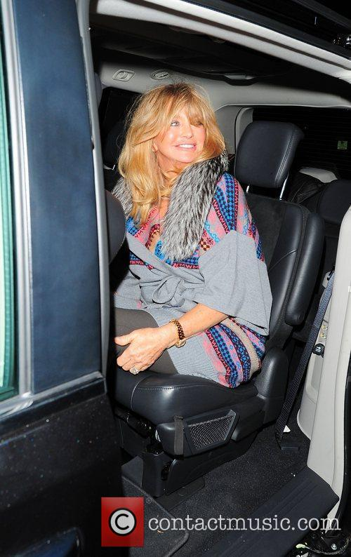 Goldie Hawn and Albert Hall 6