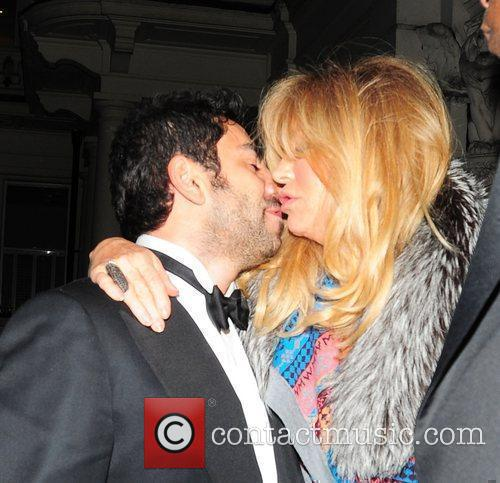 Goldie Hawn and Albert Hall 7