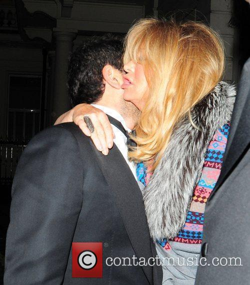 Goldie Hawn and Albert Hall 1