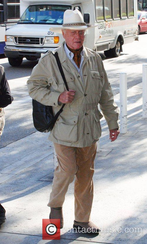 Larry Hagman 2