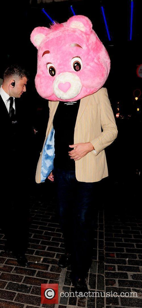 Stephen Fry and Pink 4