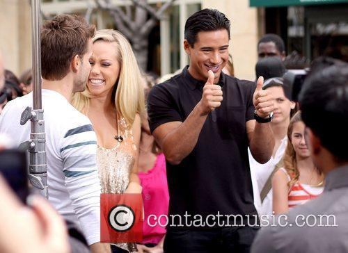 Louis Van Amstel, Kendra Wilkinson and Mario Lopez 1