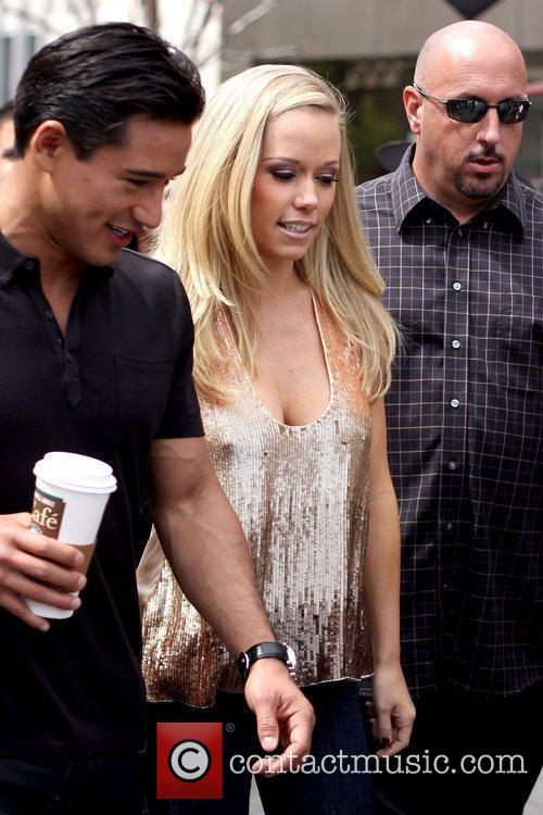 Mario Lopez and Kendra Wilkinson 6