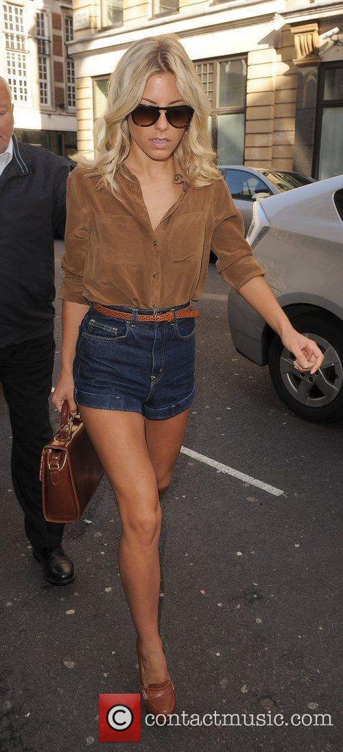 Mollie King and The Saturdays 6