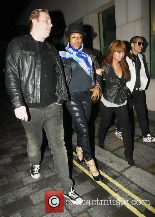 Kelis and Far East Movement 6