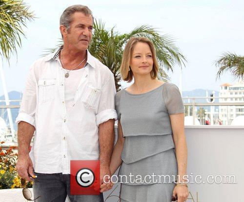 Mel Gibson and Jodie Foster 10
