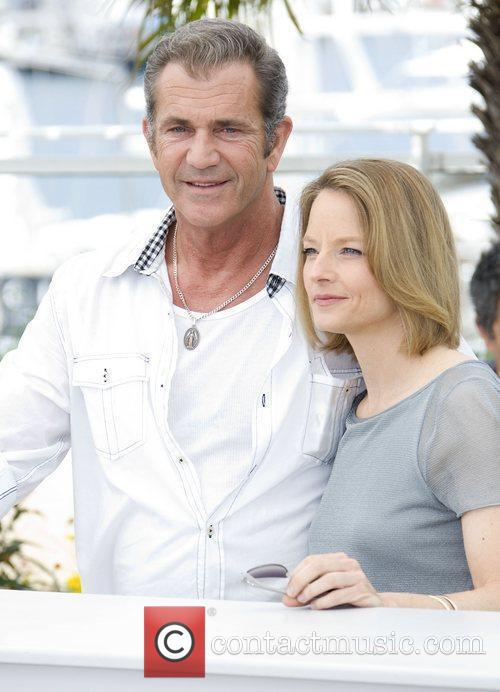 Mel Gibson and Jodie Foster 11