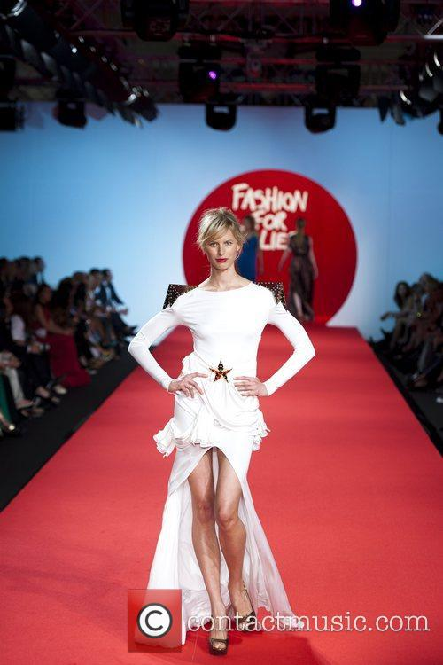Karolina Kurkova 2011 Cannes International Film Festival -...