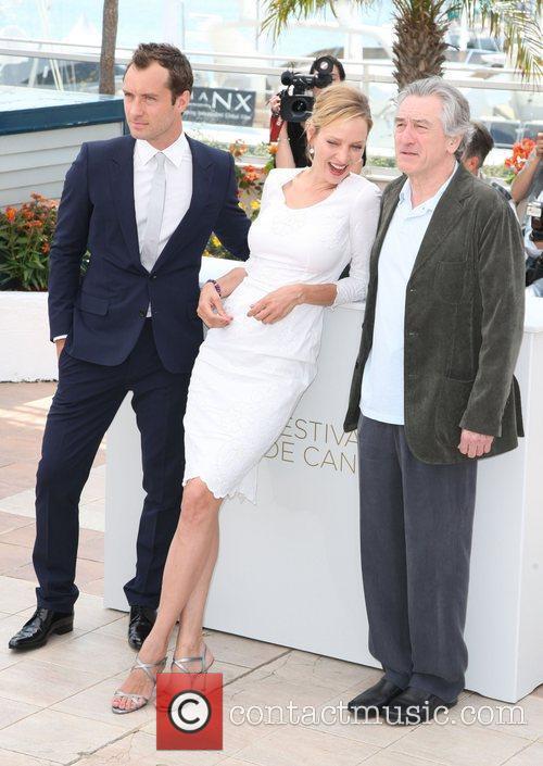 Jude Law, Robert De Niro and Uma Thurman 8