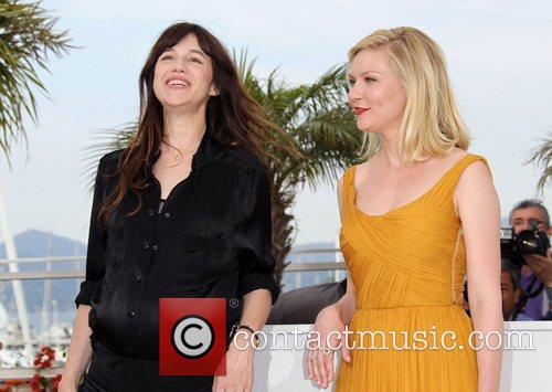 Charlotte Gainsbourg and Kirsten Dunst 5