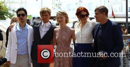Henry Hopper, Bryce Dallas Howard, Gus Van Sant and Mia Wasikowska 8