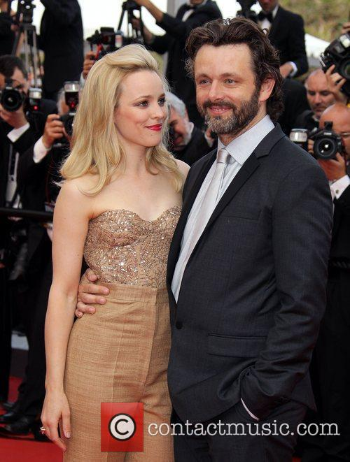Rachel Mcadams and Michael Sheen 5
