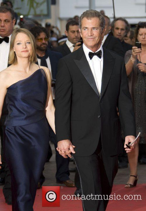 Mel Gibson and Jodie Foster 5