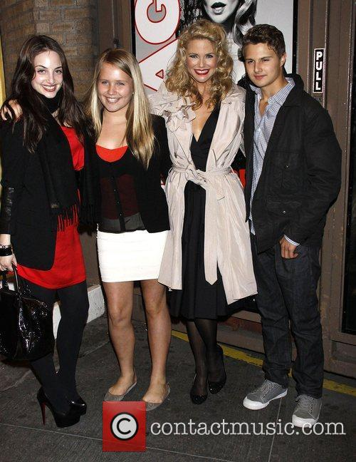 Alexa Ray Joel and Christie Brinkley 8