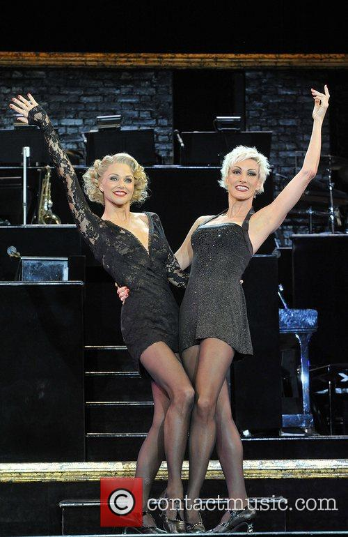 Christie Brinkley as Roxie Hart and Amra-Faye Wright...