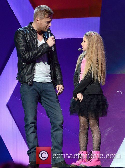 Nicky Byrne, Courtney Murphy Childline 2011 Live Acts...