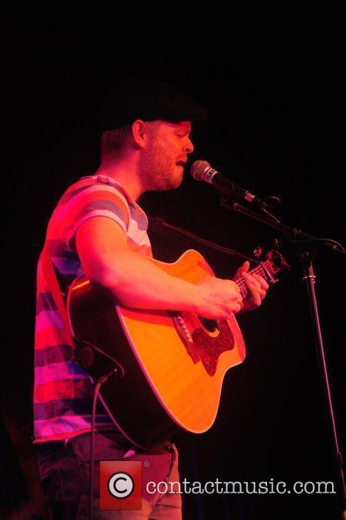 Chris Tye performing at Glee Club. Birmingham, England