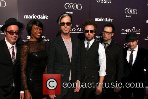 Fitz And The Tantrums 6