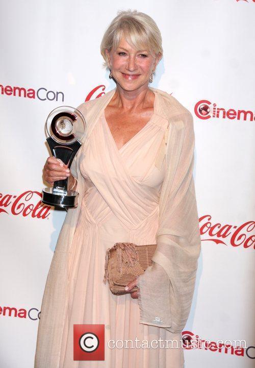 Helen Mirren - Wallpaper Actress