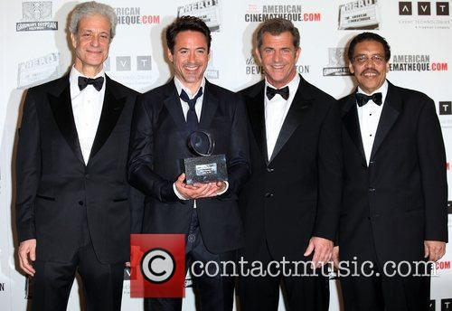 Robert Downey Jr, Mel Gibson and Beverly Hilton Hotel 7