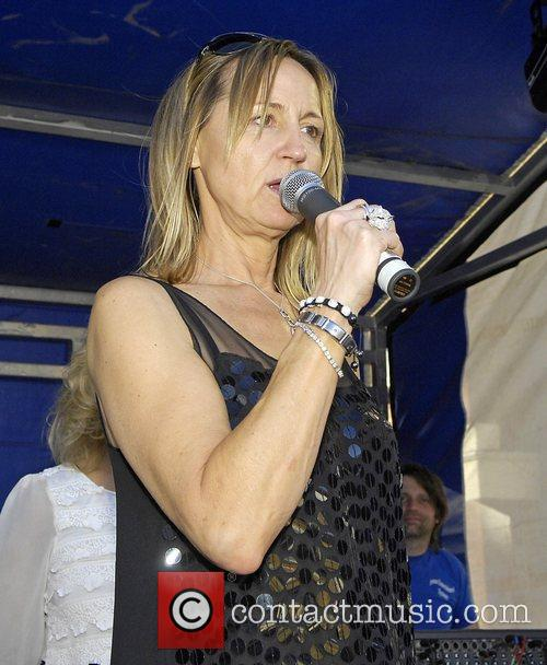 Carol McGiffin The 7th Annual Clapham Street Party...
