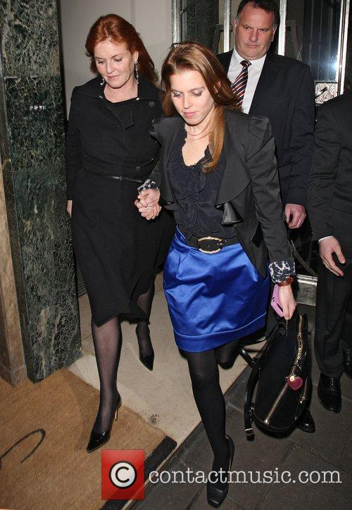 Sarah Ferguson and Princess Beatrice 6
